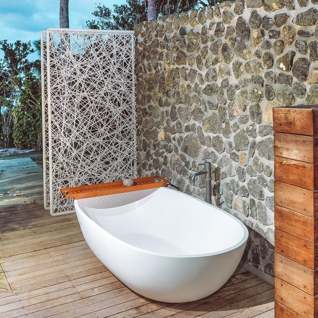 Vomo The Beachouse Outdoor Bath And Shower