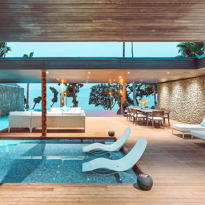 Vomo The Palms Pool
